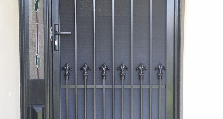 Speedy Screens & Doors Logo