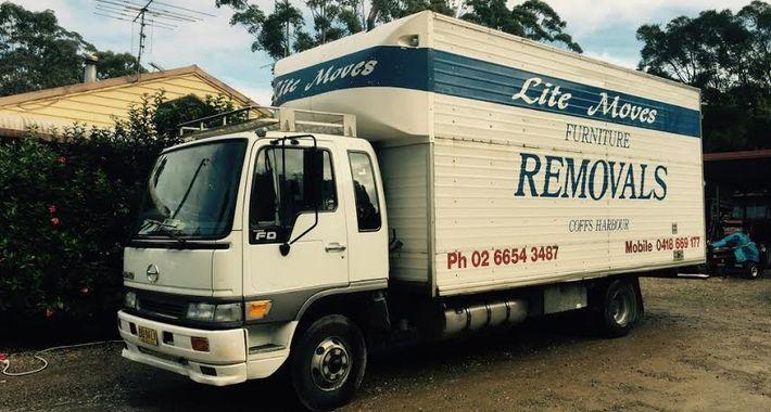 Lite Moves Furniture Removals Logo