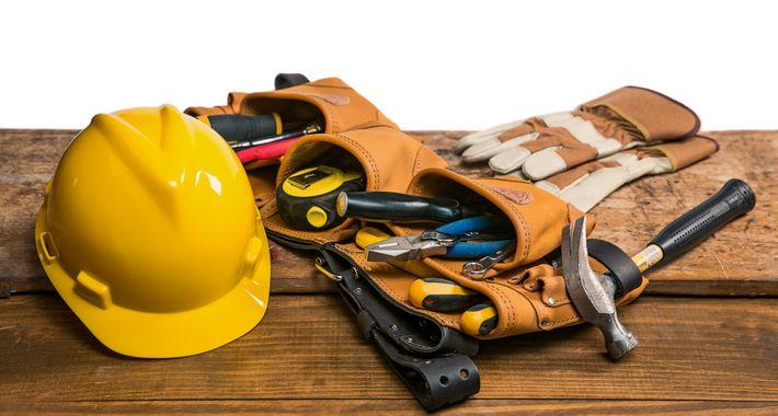 Agostinho's Handyman - Property Maintenance Logo