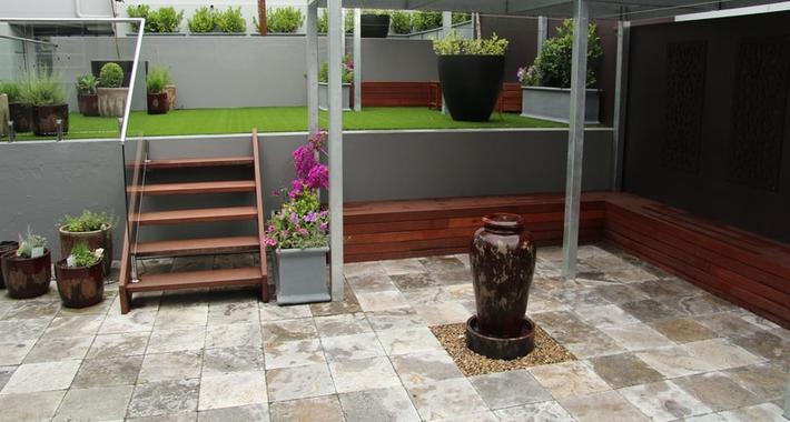 Manna landscaping Logo