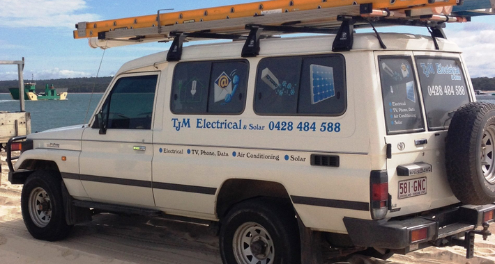Tjm Electrical & Solar Logo