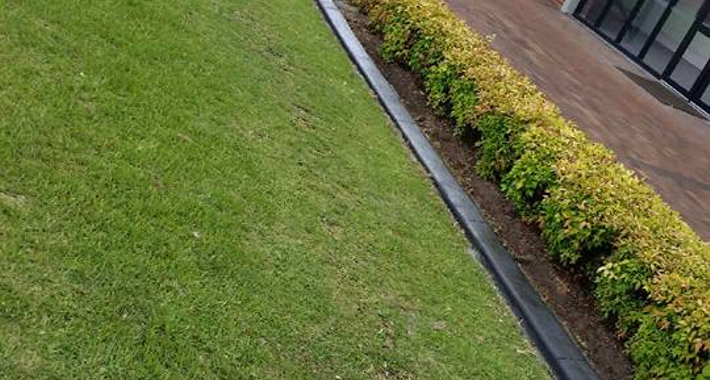 Garden edging shoalhaven heads 2535 kwik kerb by for Quik curb