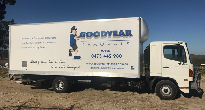 Goodyear Removals and Transport Logo