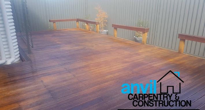 Anvil Carpentry & Construction Logo