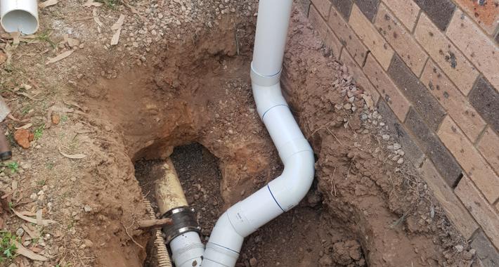 Dynamic Plumbing & Gas Services Logo
