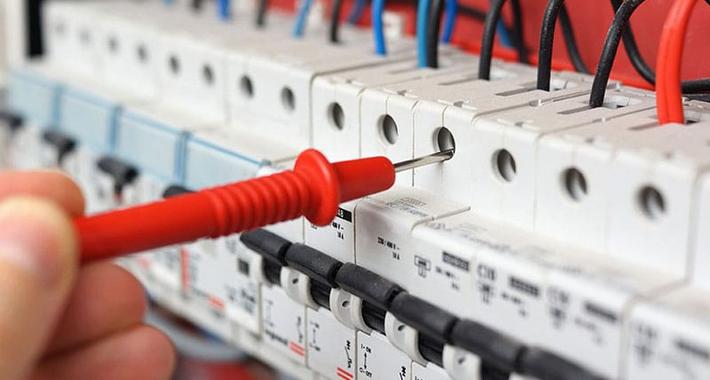 Luke Dorelat Electrical Logo