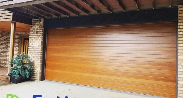 Entire Garage Doors and Carpentry Logo