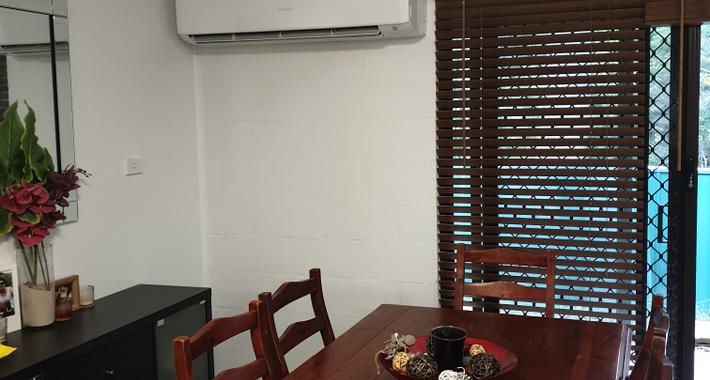 Bay & Basin Air Conditioning & Refrigeration Pty Ltd Logo