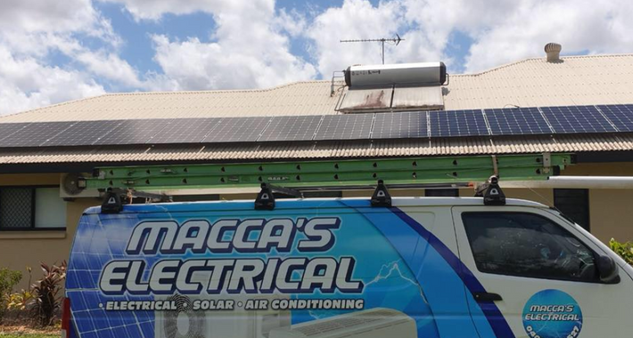 Macca's Electrical Logo