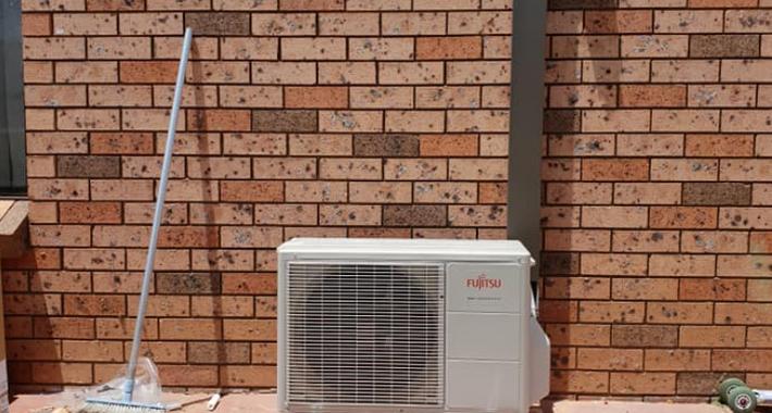 DK Refrigeration & Air Conditioning Logo