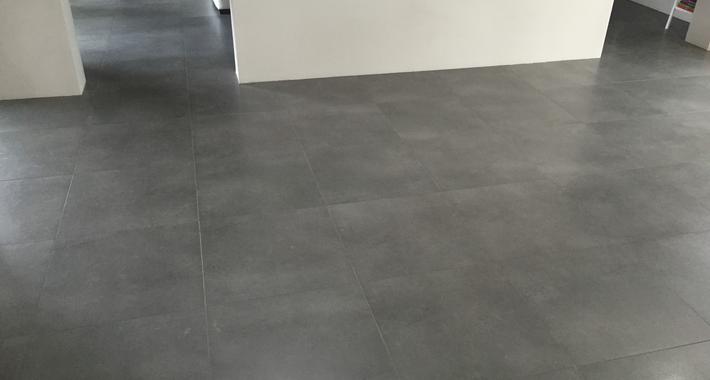 Apex Tiling & Renovation Logo