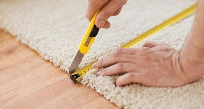 Chris's Carpet Installations Logo