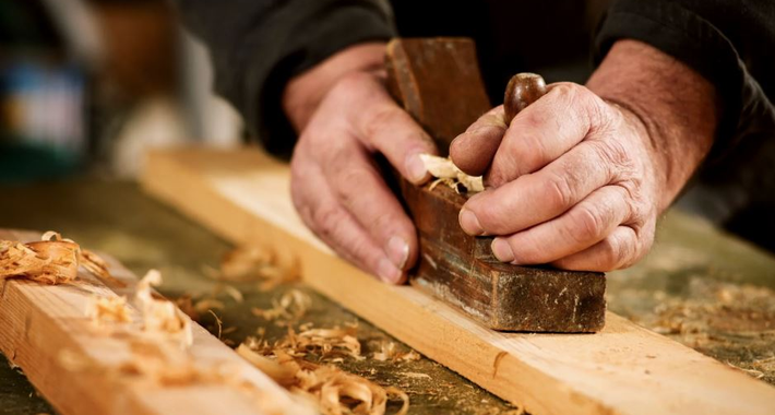 Vida Carpentry Logo