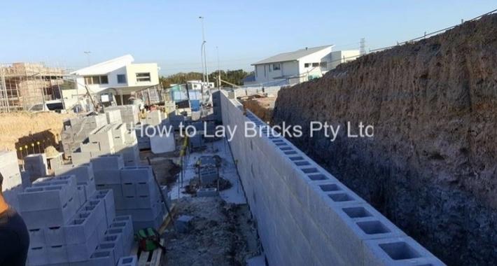 How to Lay Bricks Pty Ltd Logo