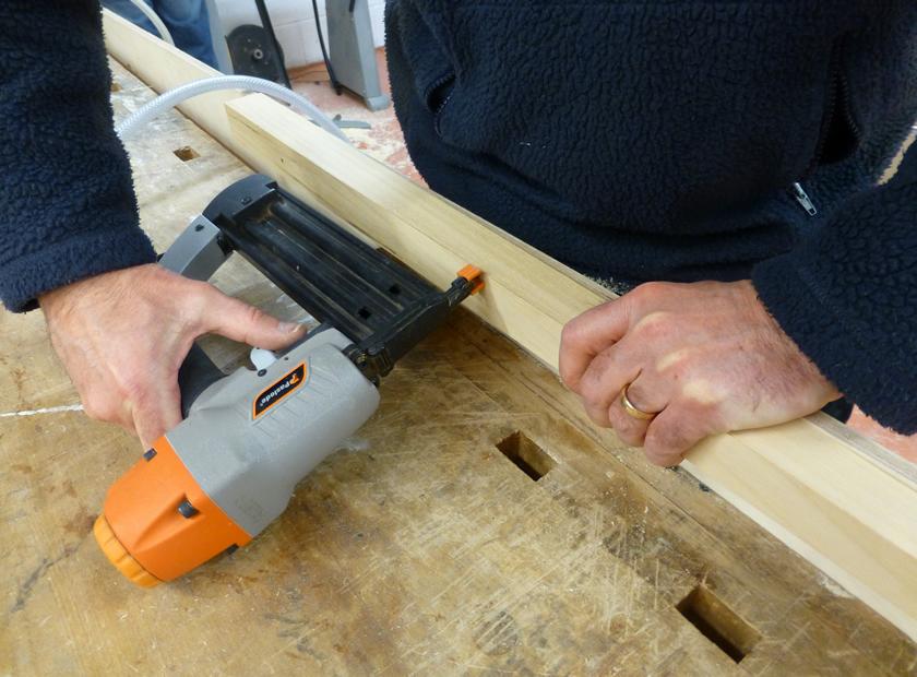 nail gun2.jpg