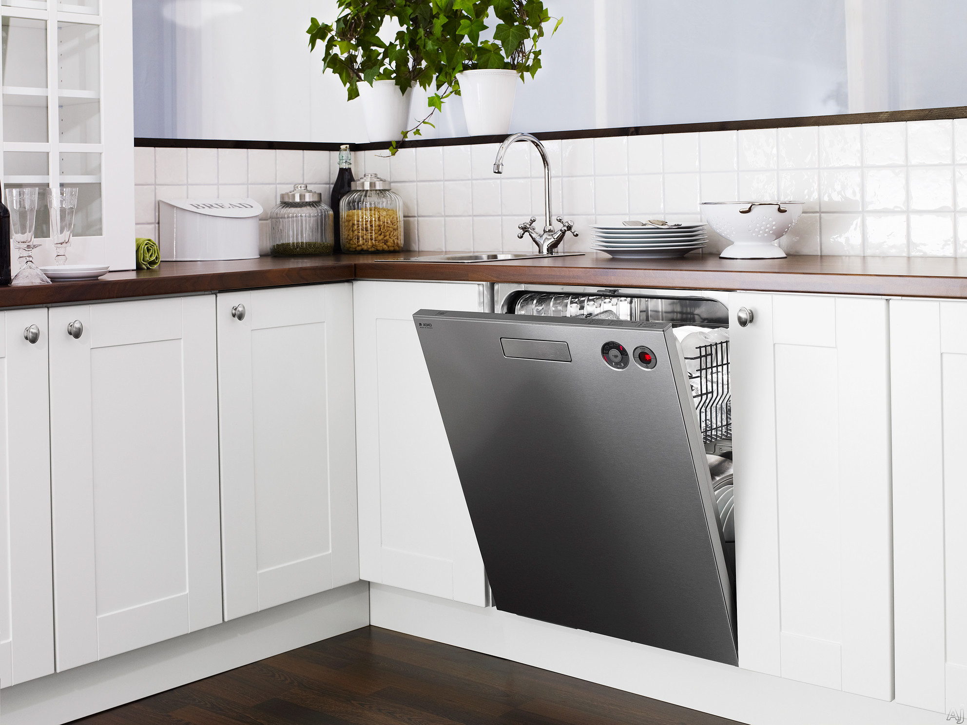 dishwasher-1.jpg