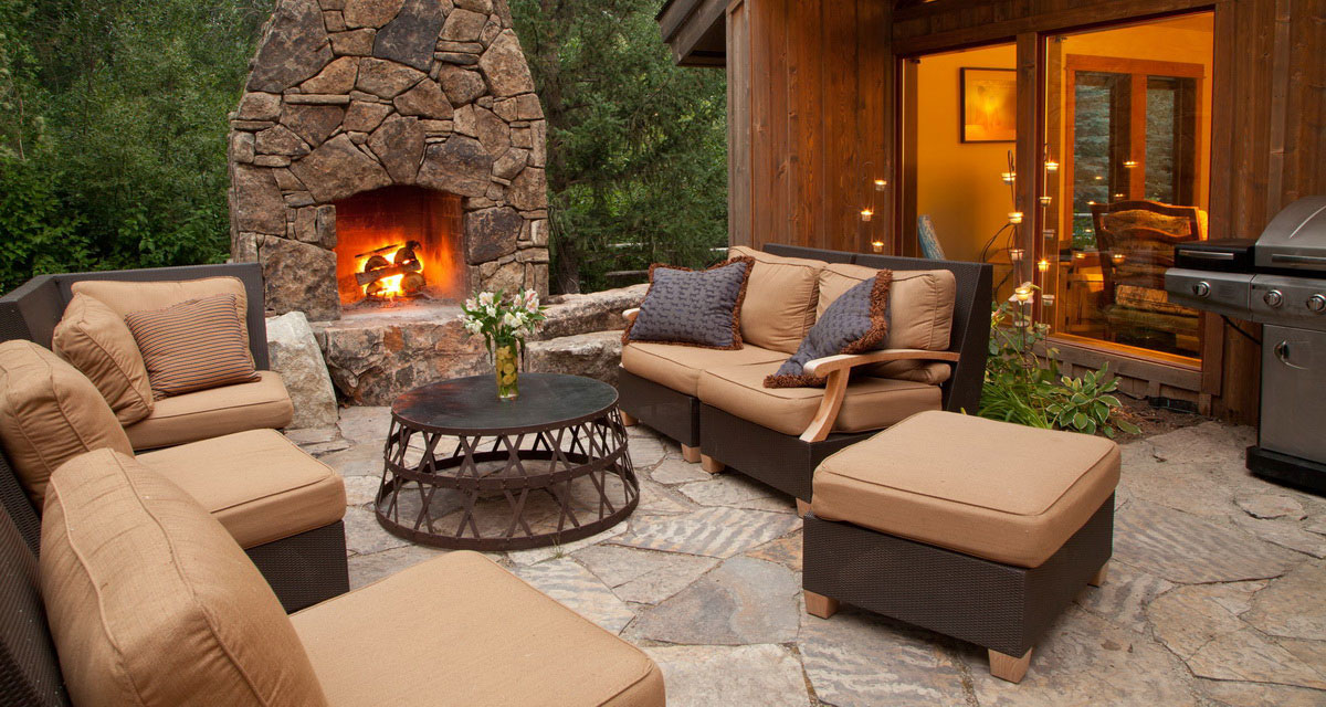 Cottage-inspired cosy outdoor oasis.jpg