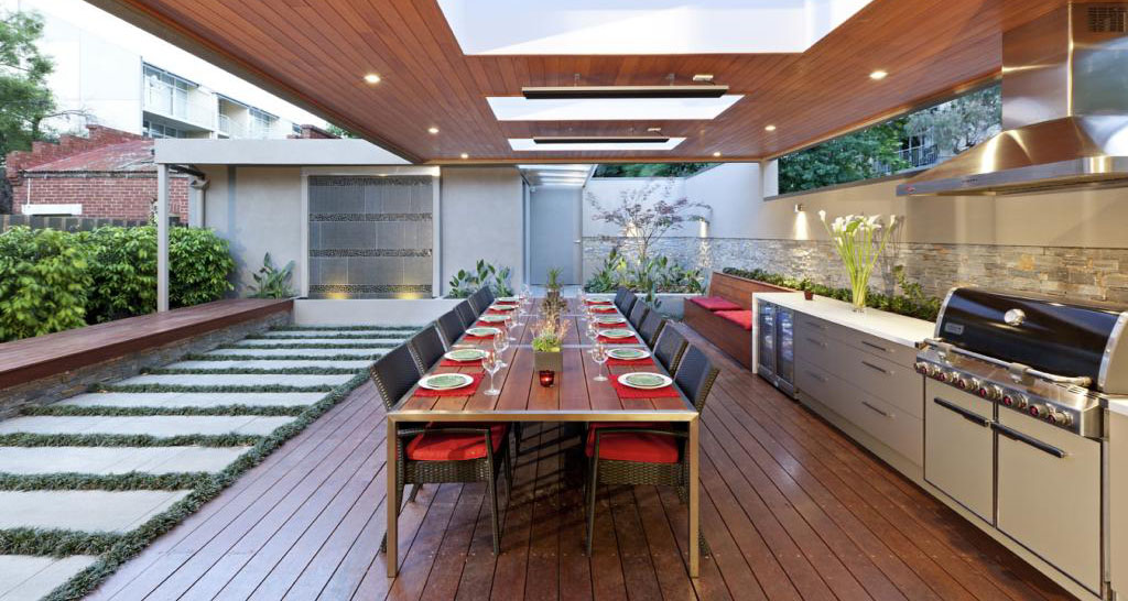 Outdoor kitchen and large dining table.jpg