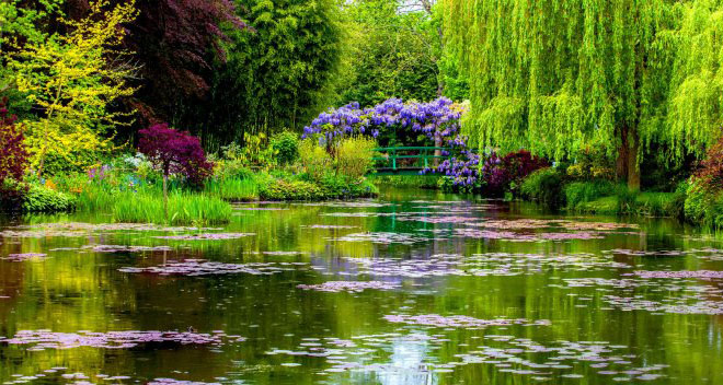 Monet's Gardens, Giverny, France.jpg