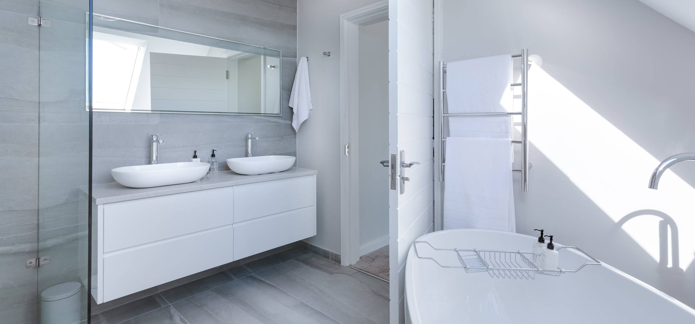 how-to-update-your-bathroom-on-the-cheap by-resurfacing-7.jpeg