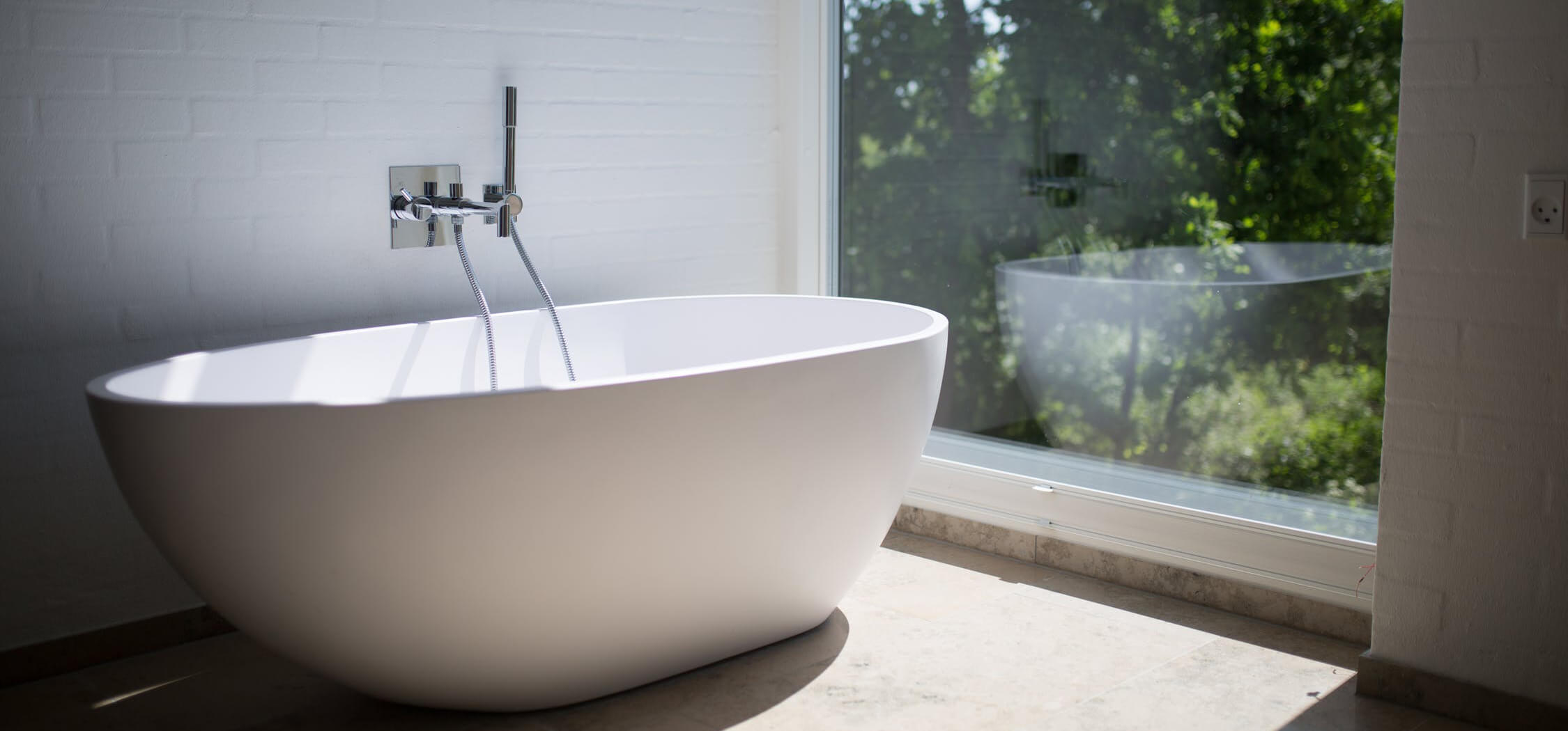 how-to-update-your-bathroom-on-the-cheap by-resurfacing-6.jpeg