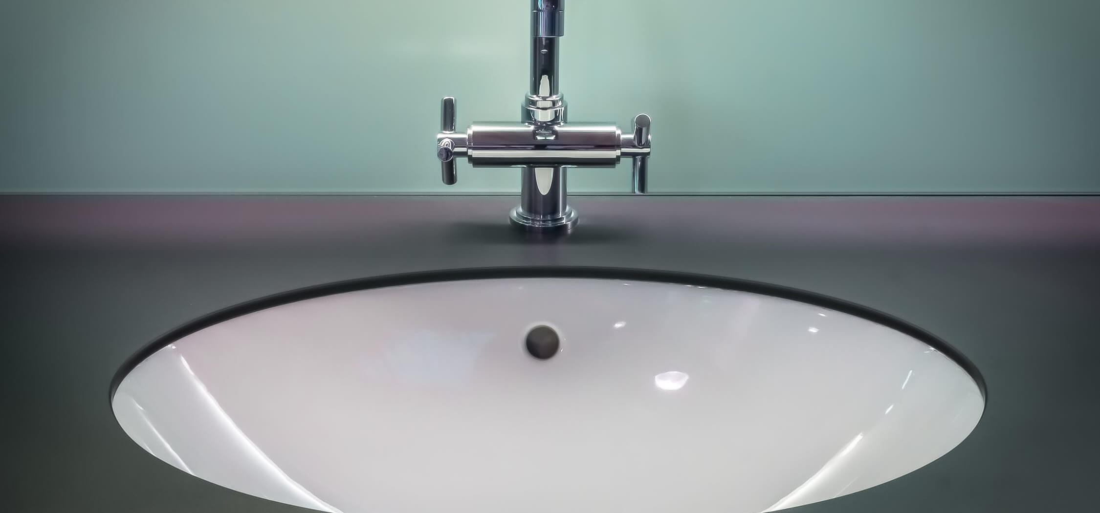 how-to-update-your-bathroom-on-the-cheap by-resurfacing-3.jpeg