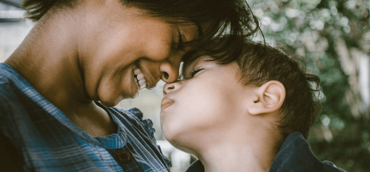 5-best-last-minute-gifts-for-mothers-day-2019-1.png