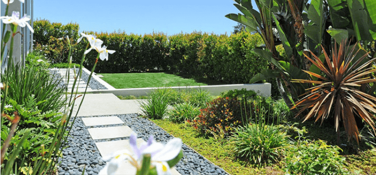 7-great-landscaping-ideas-2.png