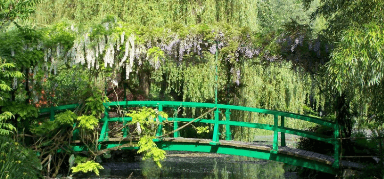 monets-garden-giverny.png