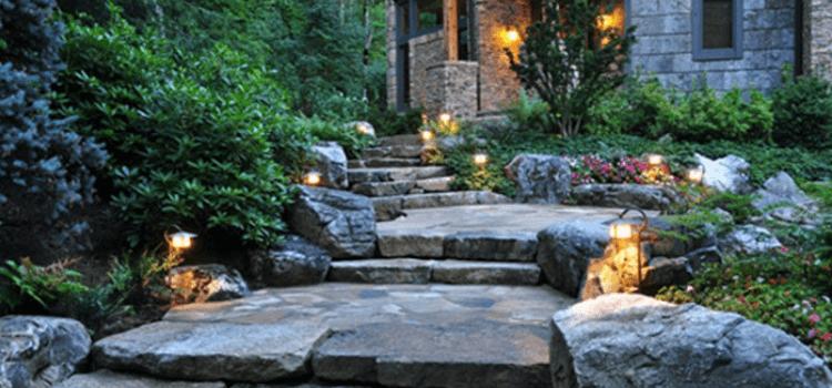 10-inspiring-garden-paths-3.png