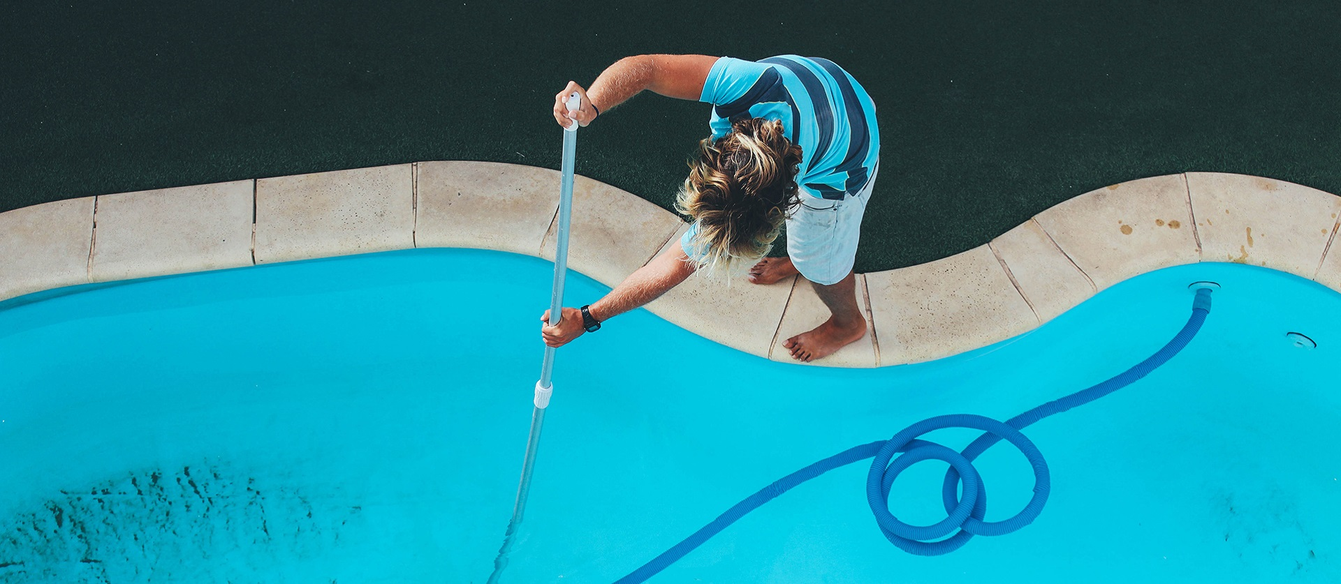how much does pool maintenance cost