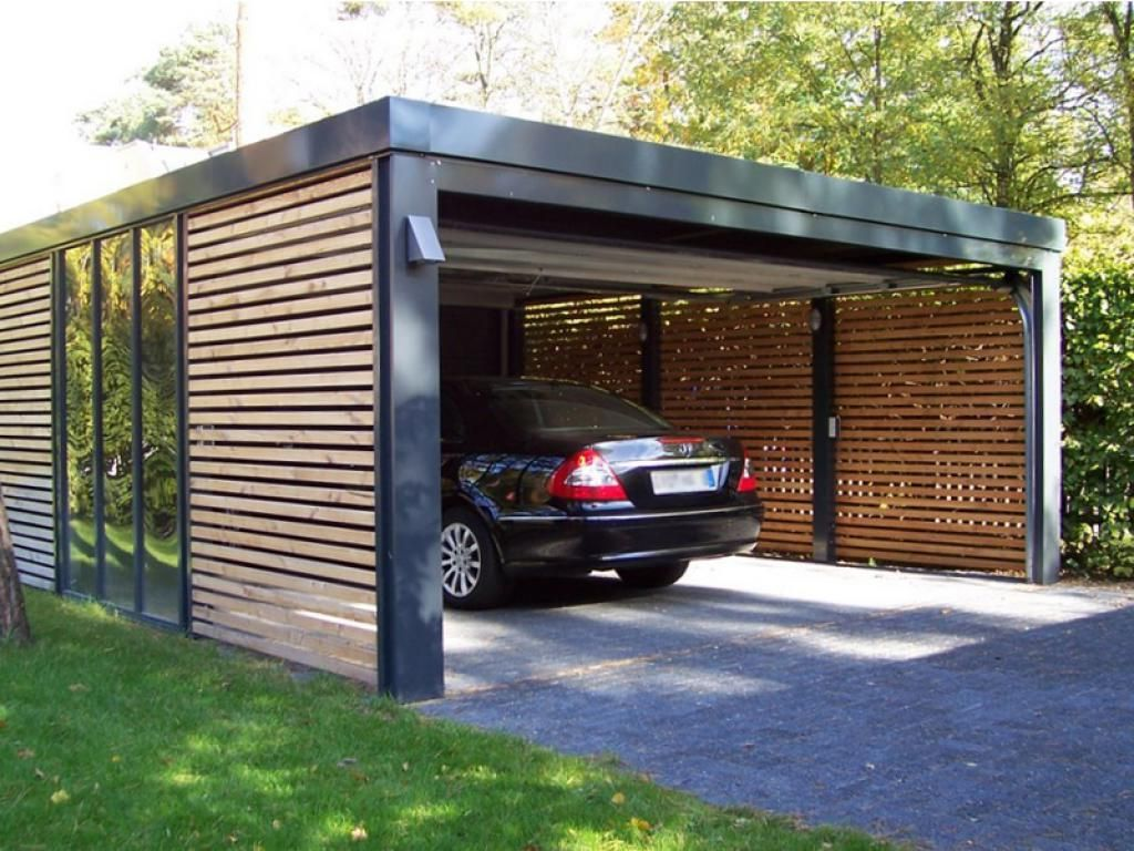 Carport with mercedes