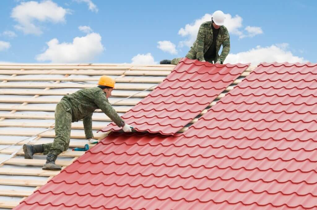 installing plastic polymer roofing