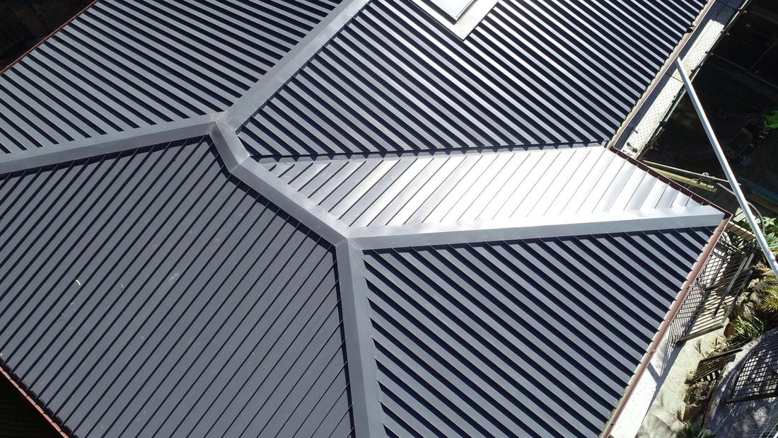 Flat roof metal black