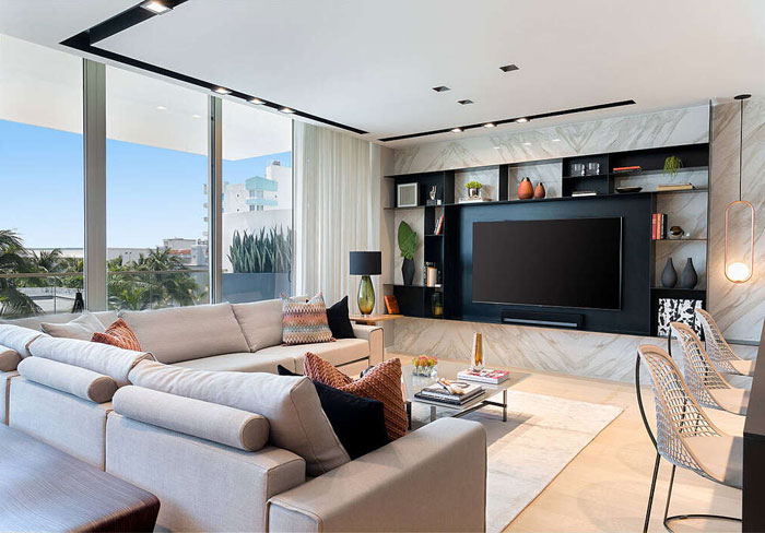 Luxury house with Tv