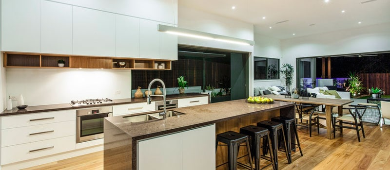 breakfast-bar-kitchen-remodel